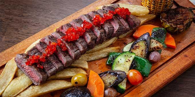 Akrotiri-steak-fries